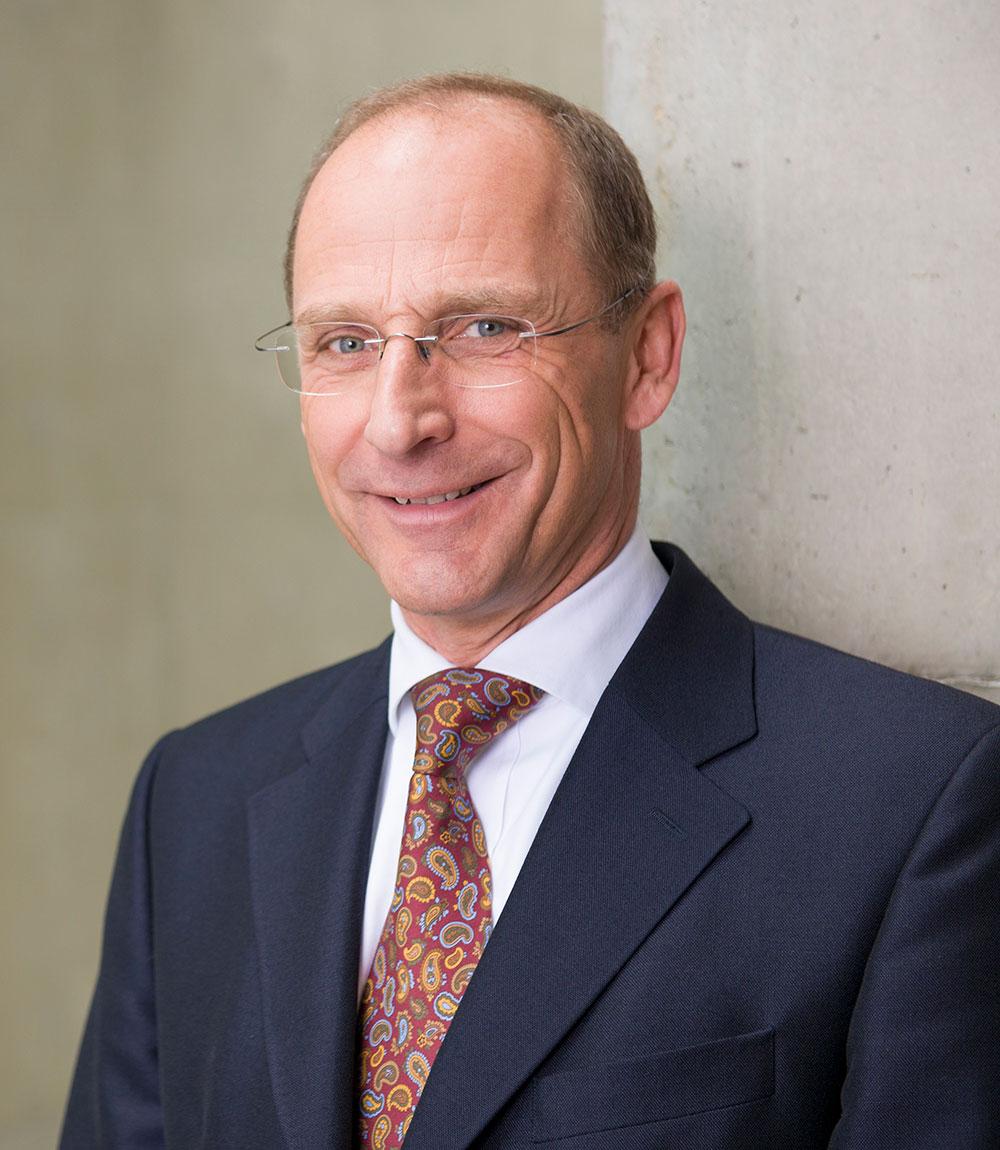 Dr. Christoph Starzer, Portrait